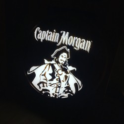 Tonneau Captain Morgan LED