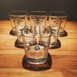 Glass Jack Daniel's Old7 on the rocks
