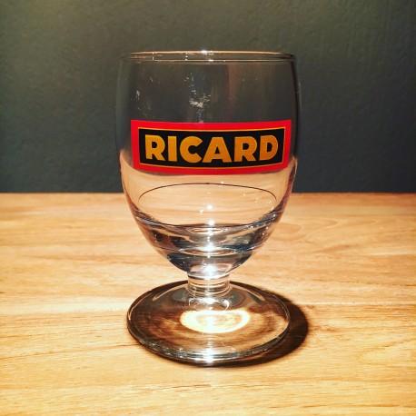 Glass Ricard ballon model 15