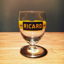 Glass Ricard ballon model 17