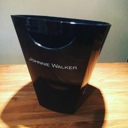 Ijsemmer Flessenemmer Johnnie Walker