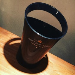 Bottle bucket Moet & Chandon black 1b