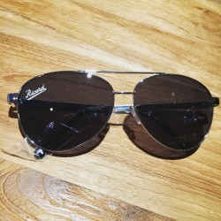 Sunglasses signed Ricard
