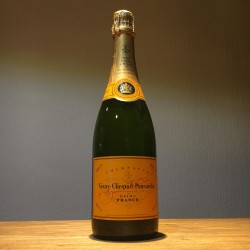 Dummy bottle Veuve Clicquot...
