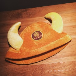 Barbar hat with horns