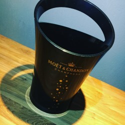 Bottle bucket Moet &...