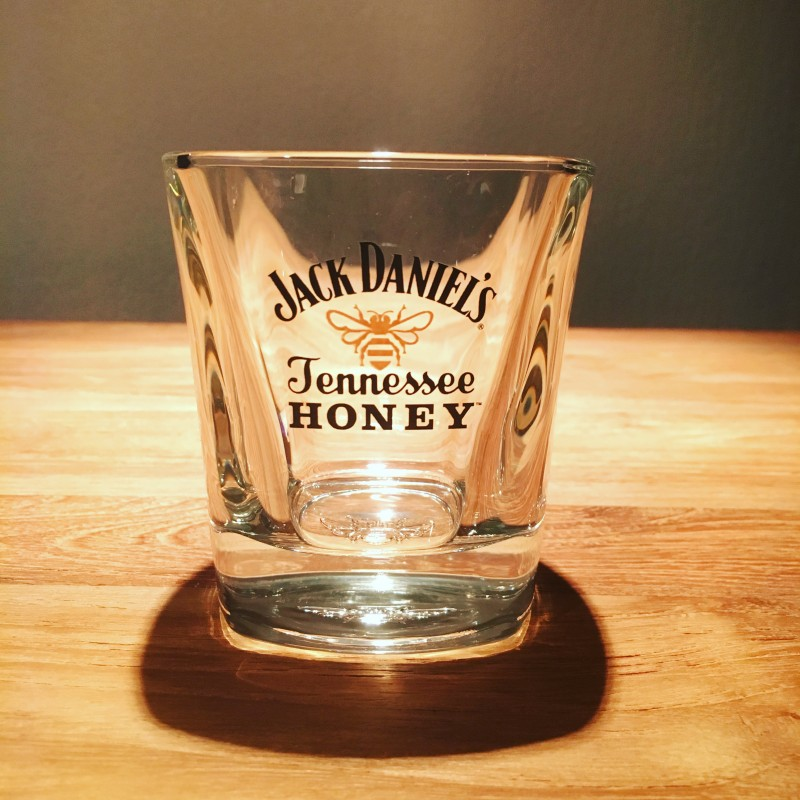 verre jack daniel 39 s honey on the rocks. Black Bedroom Furniture Sets. Home Design Ideas