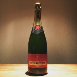 Dummy champagne bottle Piper Heidsiek Brut