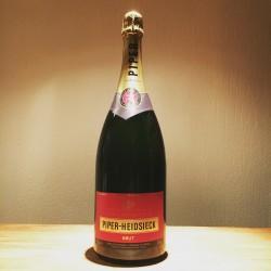 Dummy champagne fles Piper Heidsiek Brut 1.5L (Magnum)