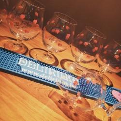 Kit Delirium Tremens 6 verres + 1 tapis de bar
