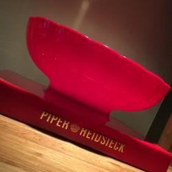 Grande Vasque Piper Heidsieck Jaime Hayon rouge
